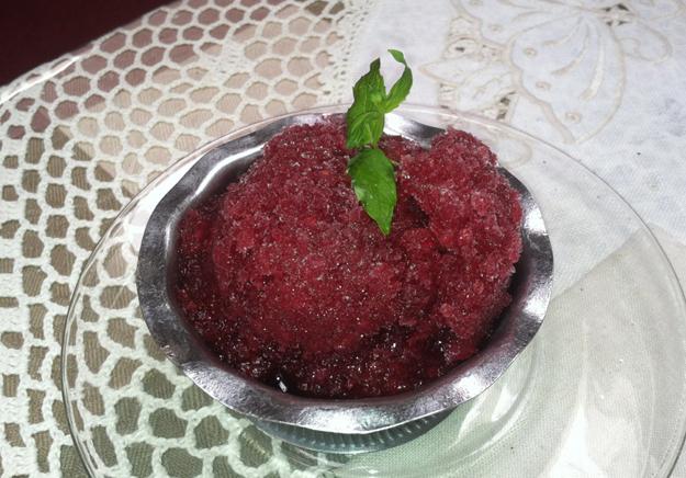 Raspberry Red Wine Ice