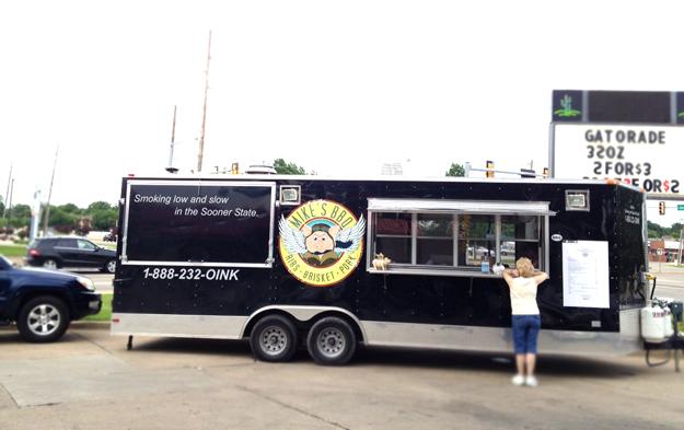 Mikes bbq Truck Tulsa