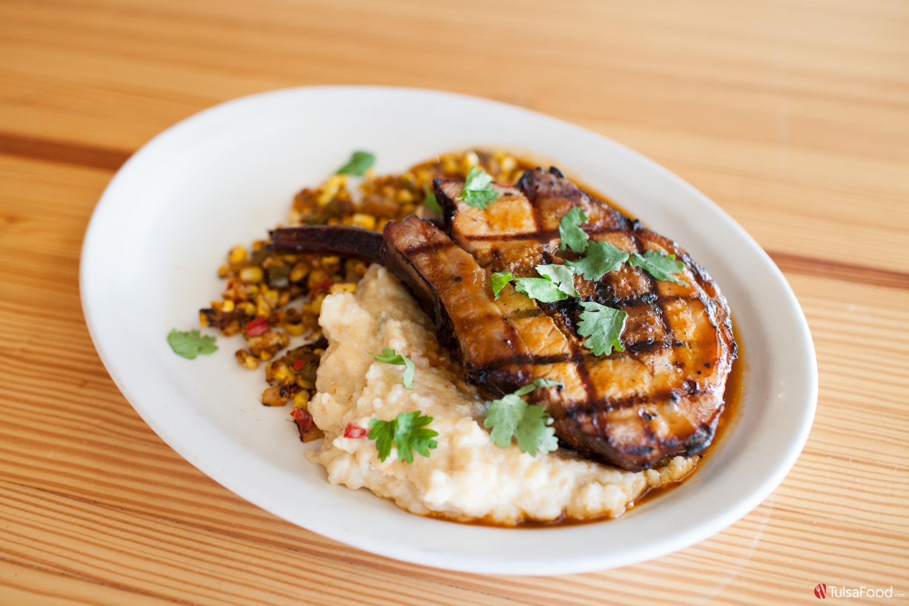 The New Franklins Pork Barrel Beefs Up The Rose District Tulsa Food