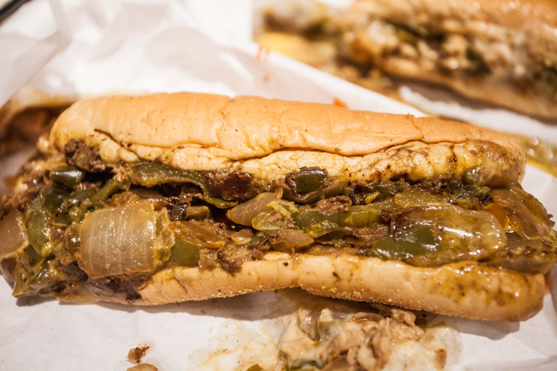 description of a philly cheese steak Look no further than geno's steaks, the best cheesesteaks in philadelphia visit us on south 9th street in philadelphia to learn how to order a philly cheesesteak the right way and see what the best cheesesteak in philly taste like we're open 24/7  cheese fries  $500.
