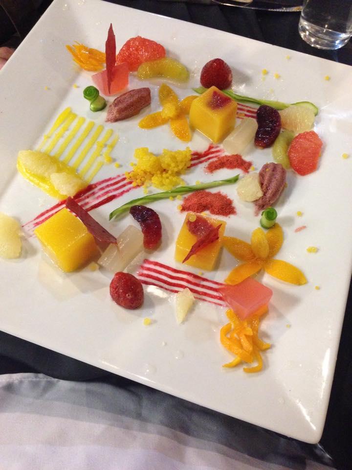 UnRestaurant14ctSalad7