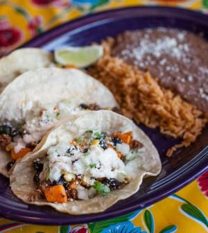 El guapo 39 s cantina southside feature video tulsa food for Asian cuisine tulsa menu